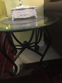 Coffee table for reduced price spotless Toronto, M1T 3K7