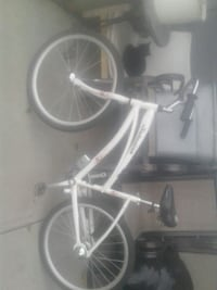 white and black mountain bike 3128 km