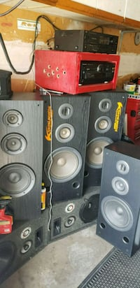 Various speakers and amps for sale  Toronto, M1B 3E4