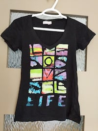Love life T-shirt size small