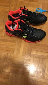 black-and-red Nike basketball shoes Brampton, L6Y