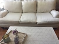 Gorgeous White Couch in excellent condition - best offer accepted! Los Angeles, 91604