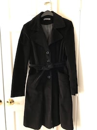 Woman's Black Velvet Coat Size M Vienna, 22180
