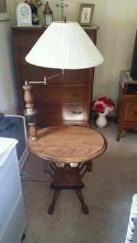 Table with swivel lamp Wauwatosa