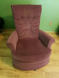 Swivel  rocker West Salem, 44287