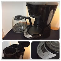 Coffee  maker programmable clock , 12 cups  , automatic machine like new condition Elizabeth, 07208