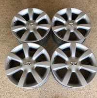 gray 5-spoke car wheel set Los Angeles, 91436
