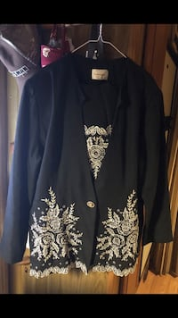 Brand new skirt suit size 24 Lake Wales, 33898