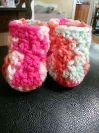 Crochet baby booties  Milwaukee, 53207