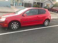 Volkswagen - Golf - 2007 5spd xtra low miles runs looks new  2390 mi