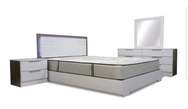 Used 5 Pc Bedroom Set With Platform Bed For Sale In