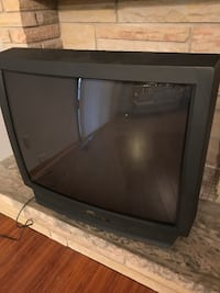 Black crt tv with remote St Catharines, L2M 6V3