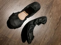 pair of black leather shoes from ardene Montréal, H8R 1M5