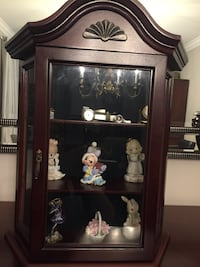 Small Curio Cabinet Vaughan, L4H 2H8