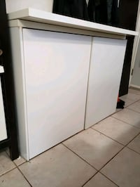 White Cabinet with 3 Adjustable Shelves Vancouver, V5M 1L3