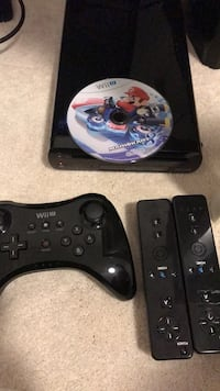 Wii u with game