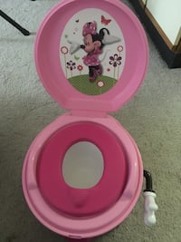 pink Minnie Mouse potty trainer Chicago, 60607