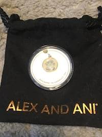 Alex and ani paw charm Colonia, 07067
