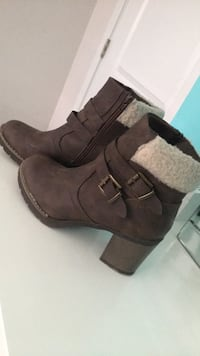 pair of gray suede double-buckled round toe chunky heeled booties Abbotsford, V2S 4Z7