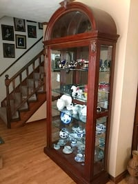 Solid Cherry Wood & Glass Display Curio like new Virginia Beach, 23464