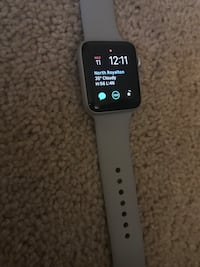 Apple Watch v3 (grey) North Royalton, 44133