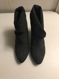 Small black boots 8 1/2 Brand New Gatineau, J8T 1Y1