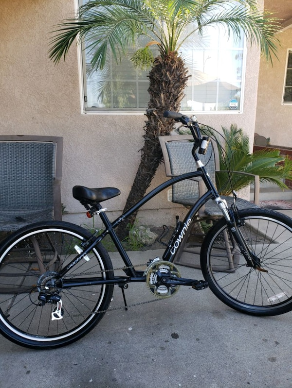 21 speed electra townie in great condition  c3f6c470-0b13-400c-8f09-f4c59e6cc53e
