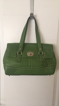 Green leather 2-way handbag Toronto, M5M 2K7