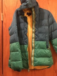 black and green zip-up bubble jacket Taylors, 29687