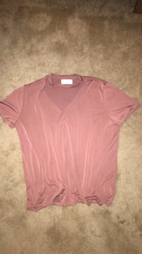 pink v-neck t-shirt West Chester, 45069