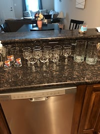 Wine glasses and mugs Searcy, 72143
