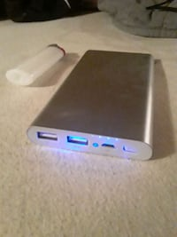 Infinitive Dual 10,000mah battery charger