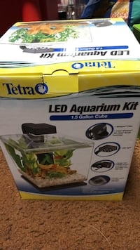 1.5 Gallon Cube fish tank with accessories for a beta fish.