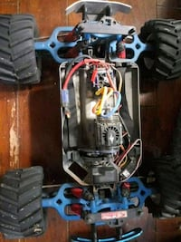 Brushless emaxx lots of upgrades rtr Luray, 22835