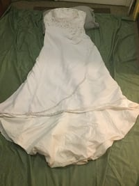 Wedding dress and stuff for the wedding