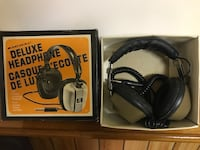 Old Deluxe Headphones Kingston, K7M