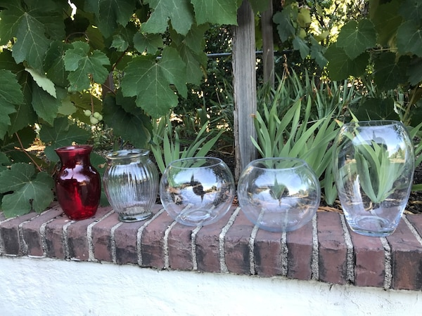 Free Collection of vases (9 units) 1acd78d8-178c-4c6a-8ebb-bd796b8ee446