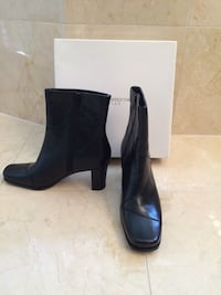 Liz Claiborne black leather ankle boot size 7 (local pick up and cash only) new never worn