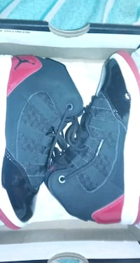 Boy shoes size 12c