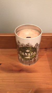 Roots Maple Scented Wood-Wick Candle  Burlington, L7N 1P1
