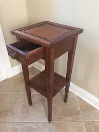 Wood Side Table Ashburn, 20147
