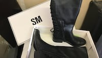 Pair of black leather boots in box size 11 Pittsburg, 94565