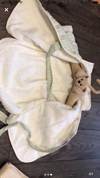 Adorable baby robe  Markham, L3P 2A6