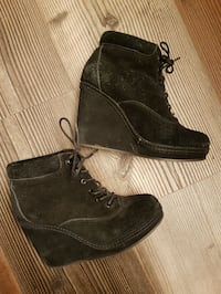 Topshop suede wedge booties sz 38