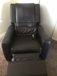 Human Touch Massage Chair Recliner HT-3010 Los Angeles, 91306