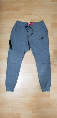 Men's Nike tech fleece joggers Burnaby, V5J