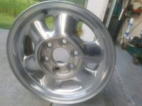 GM rims set of 4 with center cap good condition  Palm Bay, 32908
