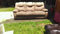 New badcock couch power recliner'sl Rome, 30165