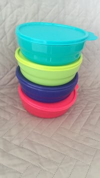 tupperware   cereal bowls brand new Las Vegas, 89135