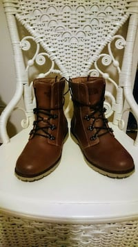 The North Face women's boots Size 6 1/2 Toronto, M6H 2J4